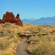 Hilltop ruins of Box Canyon dwellings - Wupatki National Monument, AZ