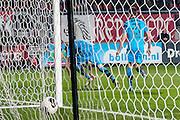 ENSCHEDE - 17-12-2016, FC Twente - AZ, Grolsch Velst Stadion, AZ speler Wout Weghorst (l) scoort hier de 0-1, doelpunt, AZ speler Robert Muhren (r).