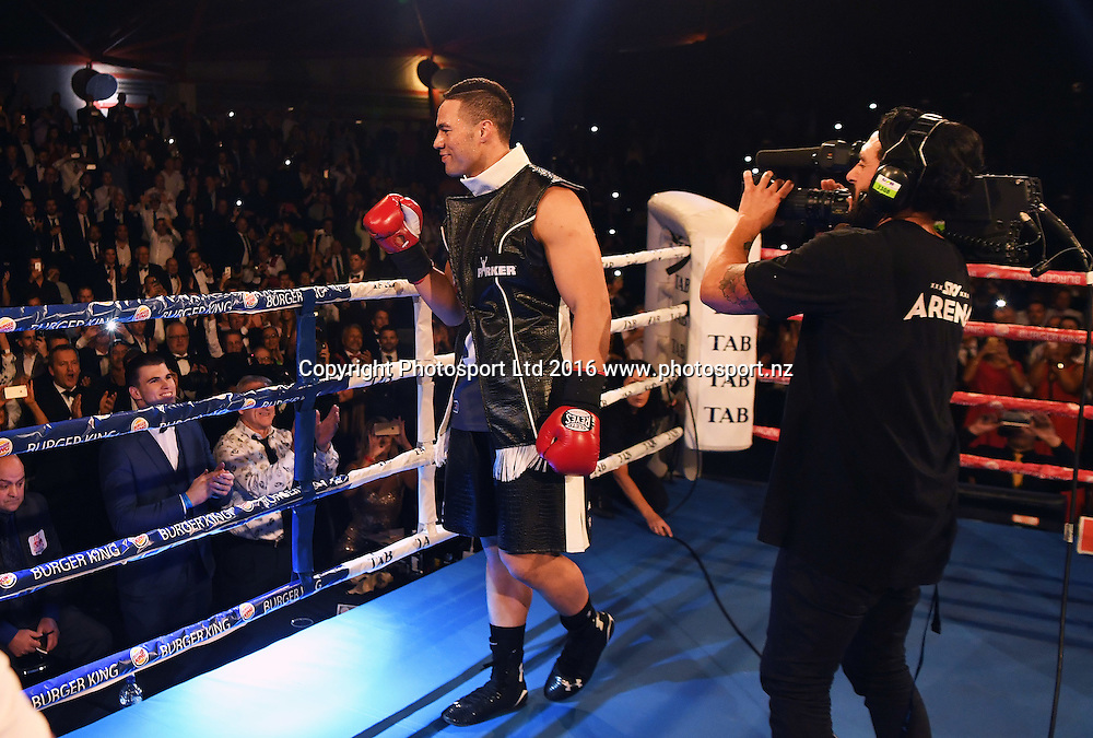 New Zealand Heavyweight boxer Joseph Parker v French Cameroon boxer Carlos Takam. IBF eliminator. Burger King Road to the Title by Duco Boxing. Vodafone Events Centre, Saturday 21 May 2016. Auckland, New Zealand. © Copyright Photo: Andrew Cornaga / www.photosport.nz