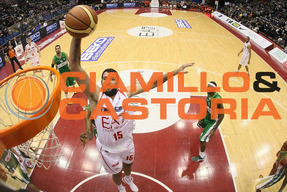 DESCRIZIONE : Milano Lega A 2012-13 EA7 Emporio Armani Milano Sidigas Avellino<br /> GIOCATORE : Ioannis Bourousis<br /> CATEGORIA : Schiacciata Sequenza Special<br /> SQUADRA : EA7 Emporio Armani Milano<br /> EVENTO : Campionato Lega A 2012-2013<br /> GARA : EA7 Emporio Armani Milano Sidigas Avellino<br /> DATA : 03/02/2013<br /> SPORT : Pallacanestro <br /> AUTORE : Agenzia Ciamillo-Castoria/G.Cottini<br /> Galleria : Lega Basket A 2012-2013  <br /> Fotonotizia : Milano Lega A 2012-13 EA7 Emporio Armani Milano Sidigas Avellino<br /> Predefinita :