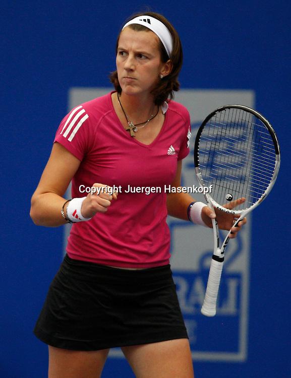 Generali Ladies Linz, WTA Tour, Damen Tennis Turnier in Linz,Oesterreich. Kristina Barrois (GER) macht die Faust und jubelt,Emotion,.Photo: J.Hasenkopf...