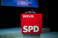 DEU, Deutschland, Germany, Berlin, 11.11.2017: Landesparteitag der Berliner SPD im Hotel Interconti, Redepult mit Logo.