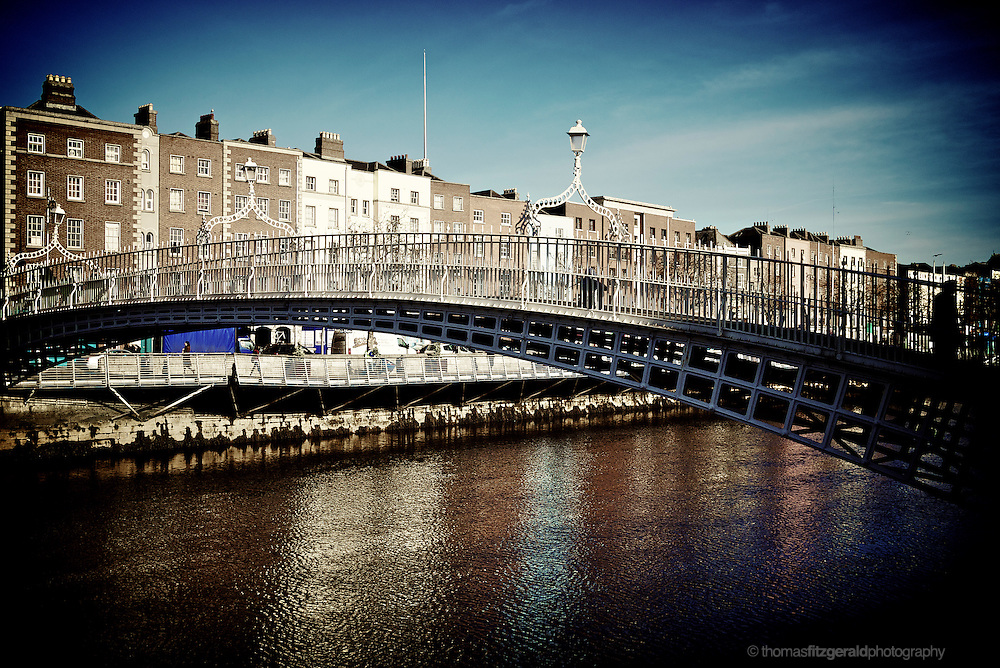Ha'penny Bridge and the river Liffey on a cold Winter's Morning