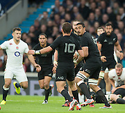 Twickenham, Great Britain,  Jerome KAINO, looking to pass the ball to No.10. Aaron CRUDEN, during the QBE Autumn Internationals, England vs New Zealand, RFU Stadium Twickenham, Surrey.  Saturday  08/11/2014 [Mandatory Credit; Peter SPURRIER/Intersport Images]
