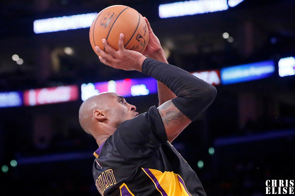 31 October 2014: Los Angeles Lakers guard Kobe Bryant (24) takes the jump shot during the Los Angeles Clippers 118-111 victory over the Los Angeles Lakers, at the Staples Center, Los Angeles, California, USA.