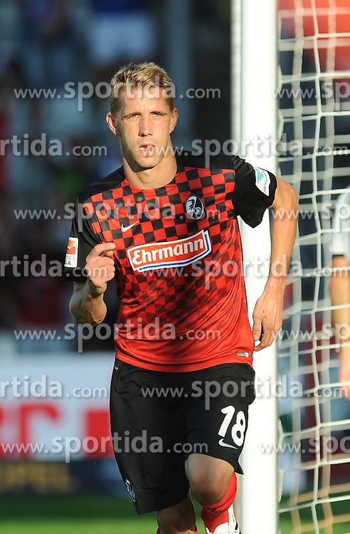 28.08.2015, Mage Solar Stadion, Freiburg, GER, 2. FBL, SC Freiburg vs SV 1916 Sandhausen, 5. Runde, im Bild Jubel bei Nils Petersen (SC Freiburg) // during the 2nd German Bundesliga 5th round match between SC Freiburg and SV 1916 Sandhausen at the Mage Solar Stadion in Freiburg, Germany on 2015/08/28. EXPA Pictures &copy; 2015, PhotoCredit: EXPA/ Eibner-Pressefoto/ Laegler<br /> <br /> *****ATTENTION - OUT of GER*****
