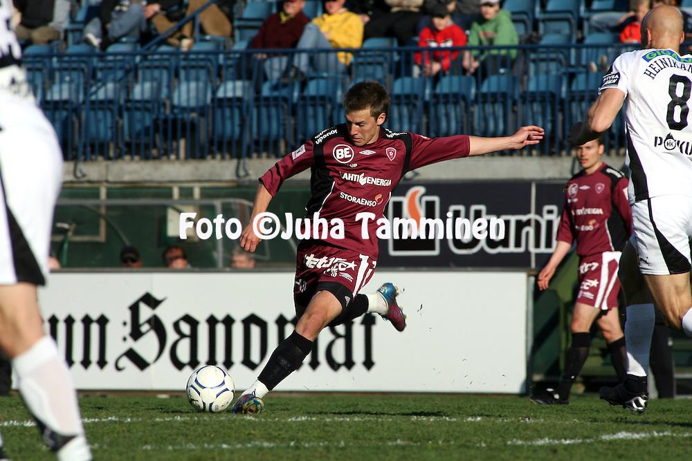 15.05.2007, Veritas Stadion, Turku, Finland..Veikkausliiga 2007 - Finnish League 2007.TPS Turku - FC Lahti.Ville Taulo - FC Lahti.©Juha Tamminen.....ARK:k