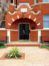 UK ENGLAND LONDON 19MAY08 - House facade on Elgin Avenue in Maida Vale, a wealthy part of West London.. .jre/Photo by Jiri Rezac..© Jiri Rezac 2008..Contact: +44 (0) 7050 110 417.Mobile:  +44 (0) 7801 337 683.Office:  +44 (0) 20 8968 9635..Email:   jiri@jirirezac.com.Web:     www.jirirezac.com..© All images Jiri Rezac 2008 - All rights reserved.