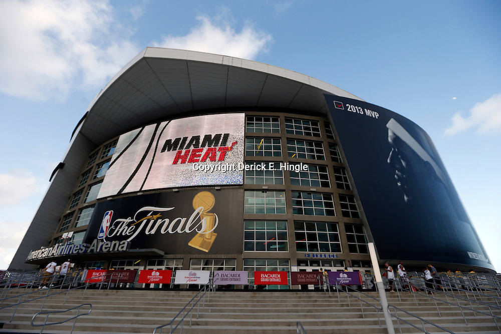 Jun 18, 2013; Miami, FL, USA; General view of American Airlines Arena prior to game six in the 2013 NBA Finals between the Miami Heat and the San Antonio Spurs.  Mandatory Credit: Derick E. Hingle-USA TODAY Sports