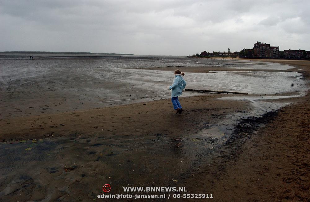 Storm Gooimeer Huizen, water terug tot de vaargeul,  bodem, zandgrond