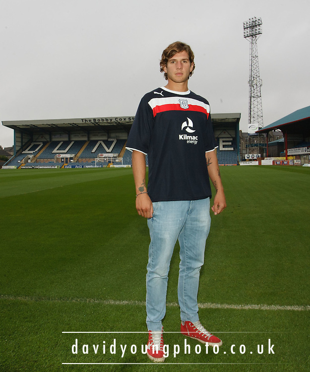 Dundee FC new boy Davide Grassi... - © David Young - 5 Foundry Place - Monifieth - DD5 4BB - Telephone 07765 252616 - email: davidyoungphoto@gmail.com - web: www.davidyoungphoto.co.uk