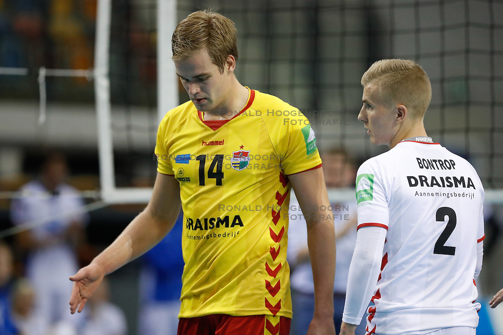 20161113 NED: Eredivisie, Draisma Dynamo - Abiant Lycurgus: Apeldoorn <br />Wessel Blom, Dustin Bontrop<br />©2016-FotoHoogendoorn.nl / Pim Waslander