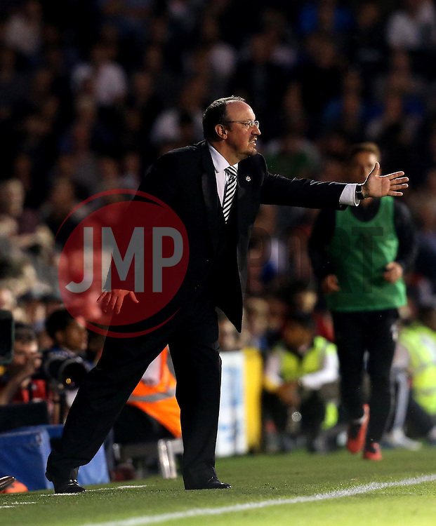 Rafa Benitez manager of Newcastle United frustratingly signals to his players - Mandatory by-line: Robbie Stephenson/JMP - 05/08/2016 - FOOTBALL - Craven Cottage - Fulham, England - Fulham v Newcastle United - Sky Bet Championship
