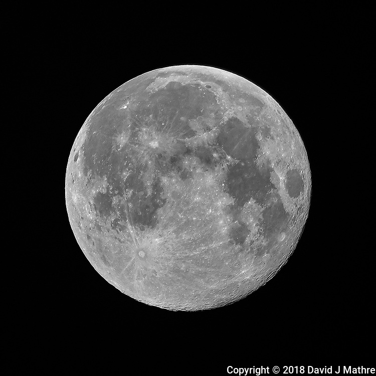 Full Moon. Image taken with a Nikon D810a camera and 600 mm f/4 VR telephoto lens (ISO 200, 600 mm, f/4, 1/200 sec).