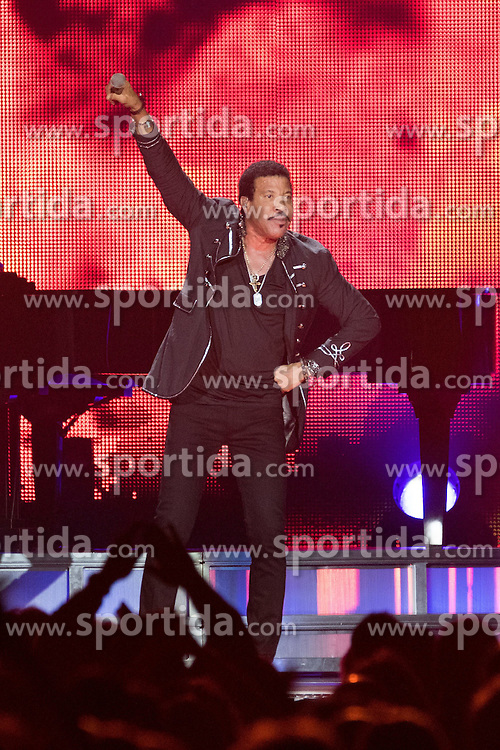 Lionel Richie (born Lionel Brockman Richie, Jr.) performs the first of two shows at The O2 Arena, London, England, UK on Sunday 1st March 2015 as part of his 'All The Hits All Night Long' Tour. EXPA Pictures &copy; 2015, PhotoCredit: EXPA/ Photoshot/ Justin Ng<br /> <br /> *****ATTENTION - for AUT, SLO, CRO, SRB, BIH, MAZ only*****