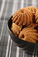 Cookies in black bowl - close-up