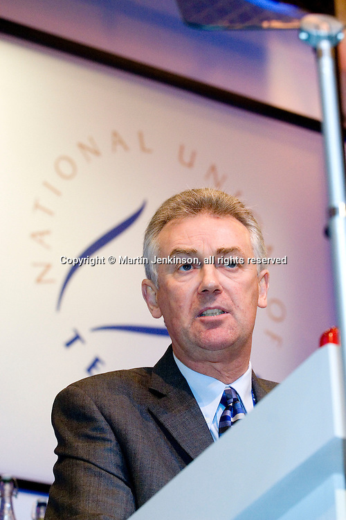 Steve Sinnott, NUT General Secretary, speaking at the union's Annual Conference...© Martin Jenkinson, tel 0114 258 6808 mobile 07831 189363 email martin@pressphotos.co.uk. Copyright Designs & Patents Act 1988, moral rights asserted credit required. No part of this photo to be stored, reproduced, manipulated or transmitted to third parties by any means without prior written permission