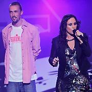 NLD/Amsterdam/20100415 - Uitreiking 3FM Awards 2010, The Opposites optreden met Trijntje Oosterhuis