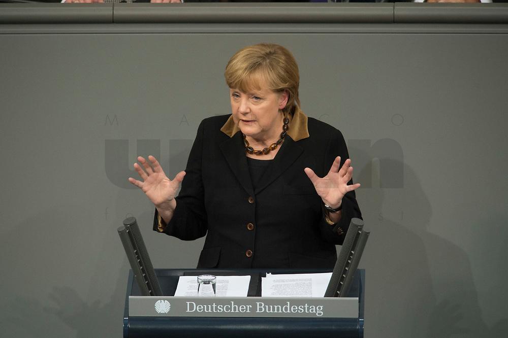 22 JAN 2013, BERLIN/GERMANY:<br /> Angela Merkel, CDU, Bundeskanzlerin, haelt eine Rede, waehrend der gemeinsamen Sitzung der Assemblee nationale und des Bundestages sowie der Regierungen, des Staatspraesidenten und des Bundespraesidenten anl. des 50. Jahrestages der Unterzeichnung des Elysee-Vertrages, Plenum, Deustcher Bundestag<br /> IMAGE: 20130122-01-029<br /> KEYWORDS: Assemblée nationale, Elysee-Vertrag, Elysée-Vertrag