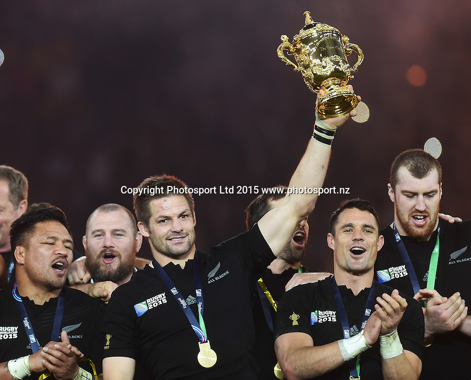Richie McCaw with the Webb Ellis Cup after winning the Rugby World Cup Final. New Zealand All Blacks v Australia Wallabies, Twickenham Stadium, London, England. Saturday 31 October 2015. Copyright Photo: Andrew Cornaga / www.Photosport.nz