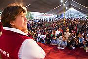 Mítin de Delfina Gómez Álvarez realizado el 17 de febrero de 2017 en Tultitlán, Estado de México, durante su precampaña a gobernadora.