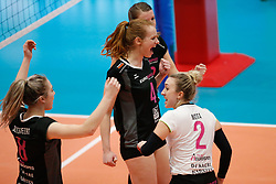 20180218 NED: Bekerfinale Eurosped - Sliedrecht Sport, Hoogeveen <br />Eline Gommans (4) of Team Eurosped<br />&copy;2018-FotoHoogendoorn.nl
