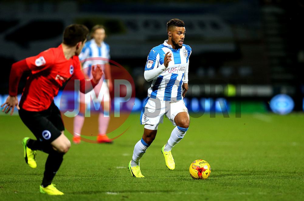 Elias Kachunga of Huddersfield Town runs with the ball - Mandatory by-line: Robbie Stephenson/JMP - 02/02/2017 - FOOTBALL - John Smith's Stadium - Huddersfield, England - Huddersfield Town v Brighton and Hove Albion - Sky Bet Championship