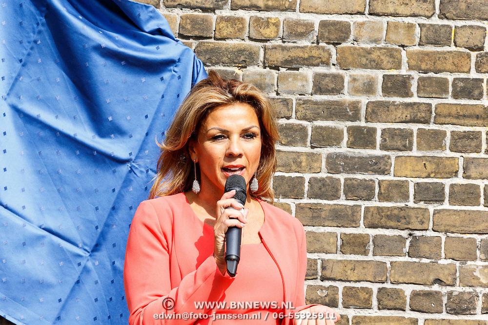 NLD/Zevenhuizen/20150709 -  Koningin Maxima opent het Leontienhuis, een initiatief van oud-wielrenster Leontien Zijlaard-van Moorsel, Leontien Zijlaard-van Moorsel