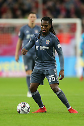13.01.2019, Merkur Spiel Arena, Duesseldorf, GER, Telekom Cup, Fortuna Duesseldorf vs FC Bayern Muenchen, im Bild Renato Sanches (Muenchen) mit Ball // during the Telekom Cup Match between Fortuna Duesseldorf and FC Bayern Muenchen at the Merkur Spiel Arena in Duesseldorf, Germany on 2019/01/13. EXPA Pictures © 2019, PhotoCredit: EXPA/ Eibner-Pressefoto/ Mario Hommes<br /> <br /> *****ATTENTION - OUT of GER*****