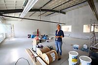 Ludwigshafen. 11.07.17   depotLU<br /> depotLU. In einem ehemaligen Stra&szlig;enbahndepot hat Investorin Birgit St&auml;rk neues Leben eingehaucht. Neben Exklusiven L&auml;den, gibt es Wohnungen und Firmenr&auml;ume.<br /> - Birgit St&auml;rk<br /> <br /> BILD- ID 0048  <br /> Bild: Markus Prosswitz 11JUL17 / masterpress (Bild ist honorarpflichtig - No Model Release!)