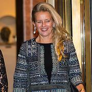 NLD/Amsterdam/20150926 - Afsluiting viering 200 jaar Koninkrijk der Nederlanden, vertrek Prinses Annette Sekreve and prinses Mabel
