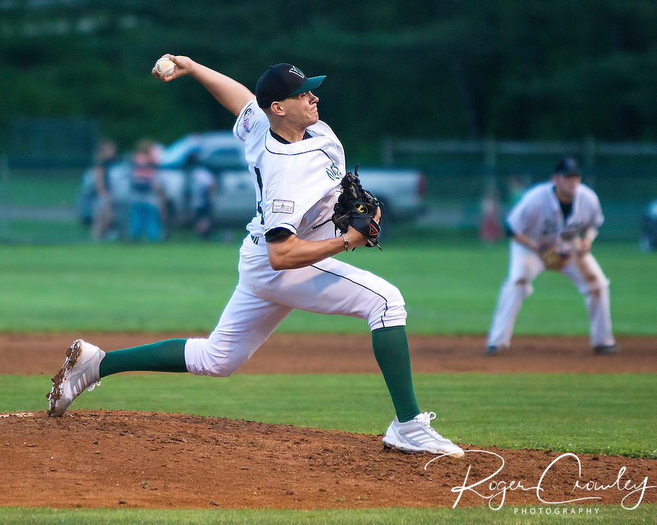 The Vermont Mountaineers defeated the Holyoke Blue Sox 5-4 at Recreation Field in Montpelier.