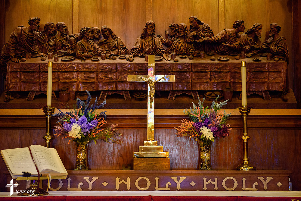 The altar crucifix at Nazareth Lutheran Church, Baltimore, on Saturday, March 24, 2018. LCMS Communications/Erik M. Lunsford