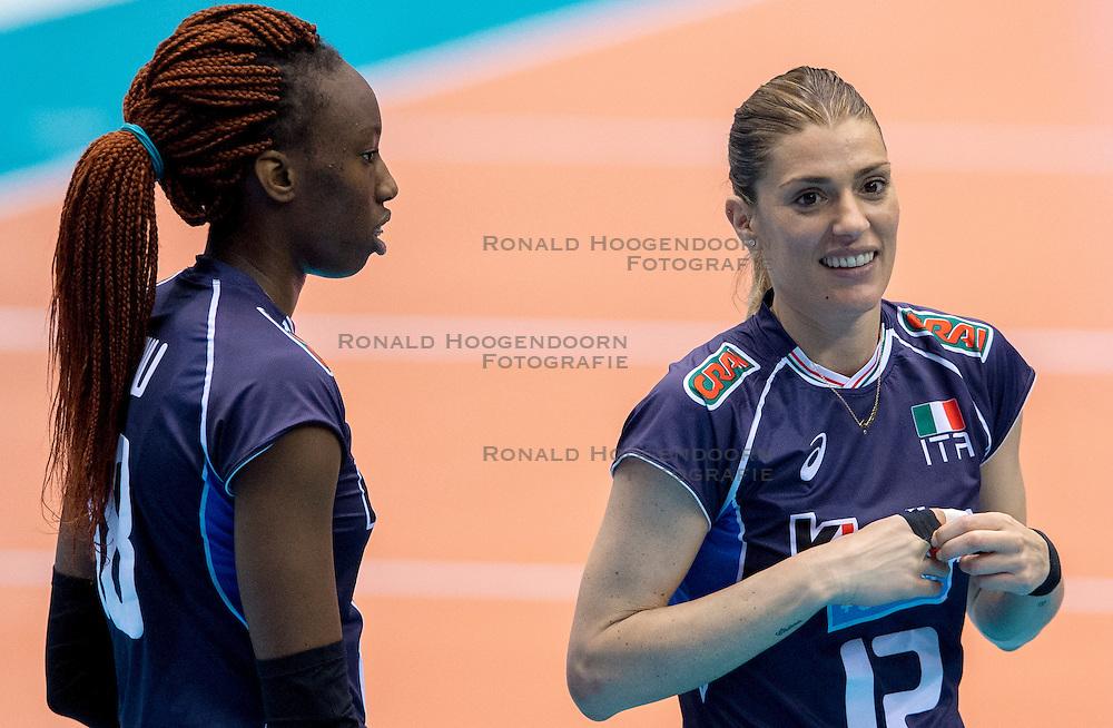18-05-2016 JAP: OKT Peru - Italie, Tokio<br /> Italië verslaat Peru met 3-0 / Francesca Piccinini  #12 of Italie, Paola Ogechi Egonu #18 of Italie