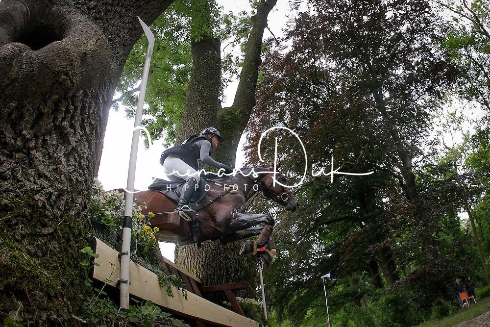 De Liedekerke Lara (BEL) - Averouge des Quatre Chenes<br /> CIC 2* Arville 2013<br /> &copy; Dirk Caremans