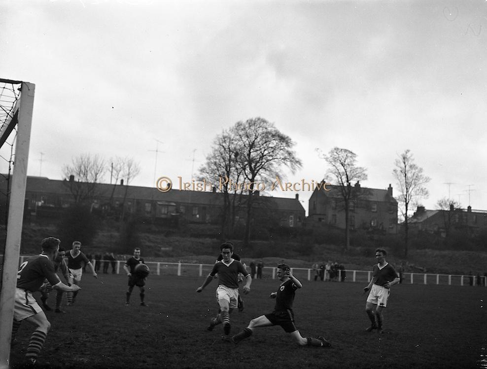 05/11/1960<br /> 11/05/1960<br /> 05 November 1960<br /> Soccer, League of Ireland: Cork Celtic v St Patrick's Athletic at Richmond Park, Dublin.