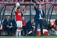 ALKMAAR - 30-08-2015, AZ - Roda JC, AFAS Stadion, 0-1, AZ trainer John van den Brom (r), AZ speler Joris van Overeem.