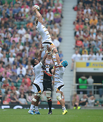 Wasps Lock Joe Launchbury wins the line out.- Photo mandatory by-line: Alex James/JMP - 07966 386802 - 06/09/2014 - SPORT - RUGBY UNION - London, England - Twickenham Stadium - Saracens v Wasps - Aviva Premiership London Double Header.