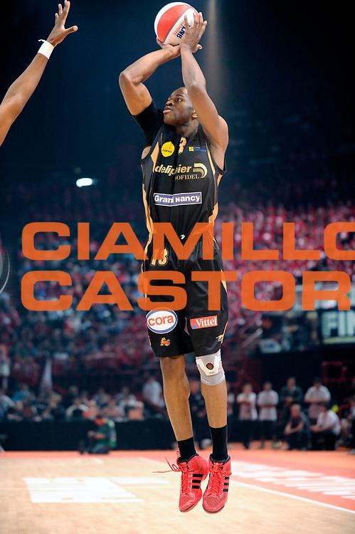 DESCRIZIONE : Championnat de France Basket Ligue Pro A Finale <br /> GIOCATORE : Samnick Victor<br /> SQUADRA : Nancy<br /> EVENTO : Ligue Pro A  2010-2011<br /> GARA : Cholet Nancy<br /> DATA : 11/06/2011<br /> CATEGORIA : Basketbal France Ligue Pro A<br /> SPORT : Basketball<br /> AUTORE : JF Molliere par Agenzia Ciamillo-Castoria <br /> Galleria : France Basket 2010-2011 Action<br /> Fotonotizia : Championnat de France Basket Ligue Pro A<br /> Predefinita :
