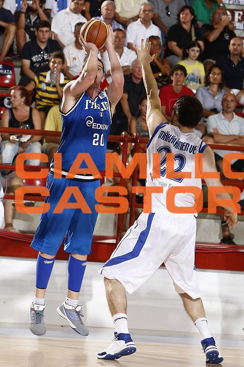 DESCRIZIONE : Porto San Giorgio Eurobasket Men 2009 Additional Qualifying Round Italia Finlandia<br /> GIOCATORE : Valerio Amoroso<br /> SQUADRA : Italia Italy Nazionale Italiana Maschile<br /> EVENTO : Eurobasket Men 2009 Additional Qualifying Round <br /> GARA : Italia Finlandia Italy Finland<br /> DATA : 20/08/2009 <br /> CATEGORIA : tiro<br /> SPORT : Pallacanestro <br /> AUTORE : Agenzia Ciamillo-Castoria/E.Castoria