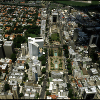 PANORAMIC OF CARACAS / PANORAMICAS DE CARACAS<br /> Photography by Aaron Sosa<br /> Caracas - Venezuela 2004<br /> (Copyright © Aaron Sosa)