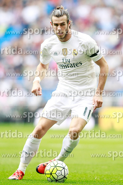 17.10.2015, Estadio Santiago Bernabeu, Madrid, ESP, Primera Division, Real Madrid vs Levante UD, 8. Runde, im Bild Real Madrid's Garet Bale // during the Spanish Primera Division 8th round match between Real Madrid and Levante UD at the Estadio Santiago Bernabeu in Madrid, Spain on 2015/10/17. EXPA Pictures &copy; 2015, PhotoCredit: EXPA/ Alterphotos/ Acero<br /> <br /> *****ATTENTION - OUT of ESP, SUI*****