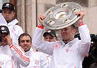 FUSSBALL TRIPELPARTY  SAISON  2012/2013  02.06.2013 Champions Party des FC Bayern Muenchen nach dem Gewinn des DFB Pokal und Triple.  Torwart Manuel Neuer (FC Bayern Muenchen)