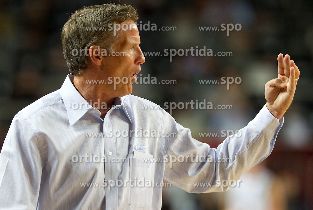 Head coach of Australia Brett Brown during  the eight-final basketball match between National teams of Slovenia and Australia at 2010 FIBA World Championships on September 5, 2010 at the Sinan Erdem Dome in Istanbul, Turkey. (Photo By Vid Ponikvar / Sportida.com)