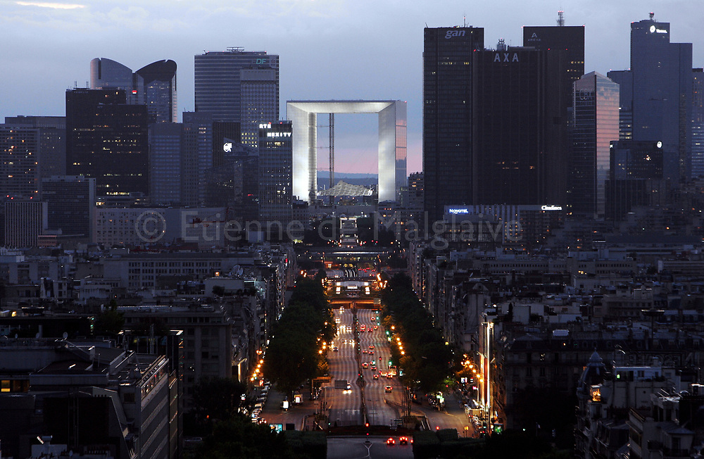 View of Neuilly and la Grande Arche (Great Arch) amid La Defense high rise buildings, west of Paris. 15 July 2006.