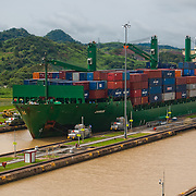 PANAMA CANAL LOCKS / CANAL DE PANAMÁ<br /> Photography by Aaron Sosa<br /> Panama City, Panama 2010<br /> (Copyright © Aaron Sosa)