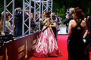 UTRECHT - In de Stadsschouwburg van Utrecht zijn de Gouden Kalveren 2013 uitgereikt. Met hier op de foto  Yootha Wong-Loi-Sing. FOTO LEVIN DEN BOER - PERSFOTO.NU