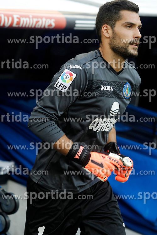 22.09.2013, Estadio Santiago Bernabeu, Madrid, ESP, Primera Division, Real Madrid vs FC Getafe, 5. Runde, im Bild Getafe's Miguel Angel Moya // during the Spanish Primera Division 5th round match between Real Madrid CF and Getafe FC at the Estadio Santiago Bernabeu, Madrid, Spain on 2013/09/22. EXPA Pictures &copy; 2013, PhotoCredit: EXPA/ Alterphotos/ Acero<br /> <br /> ***** ATTENTION - OUT OF ESP and SUI *****
