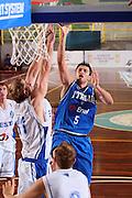 DESCRIZIONE : Cagliari Torneo Internazionale Sardegna a canestro Italia Estonia <br /> GIOCATORE : Daniele Cinciarini <br /> SQUADRA : Nazionale Italia Uomini Italy <br /> EVENTO : Raduno Collegiale Nazionale Maschile <br /> GARA : Italia Estonia Italy Estonia <br /> DATA : 13/08/2008 <br /> CATEGORIA : Tiro <br /> SPORT : Pallacanestro <br /> AUTORE : Agenzia Ciamillo-Castoria/S.Silvestri <br /> Galleria : Fip Nazionali 2008 <br /> Fotonotizia : Cagliari Torneo Internazionale Sardegna a canestro Italia Estonia <br /> Predefinita :