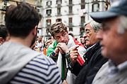Napoli. Il Presidente del Consiglio Matteo Renzi sul palco di Piazza Sanità a Napoli, nel quartiere Sanità, tiene un comizio politico in occasione delle prossime elezioni Europee.